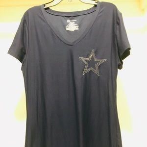 Tops - T-shirt with embroidered Star